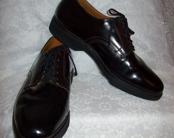 Vintage 1960s Men's Black Leather Oxfords by Mason Shoes Size 11 1/2 E Only 40 USD
