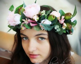 Blushing Bride- roses and blushing bride flower crown/hair circlet.  Pale pink roses, blushing bride, kangaroo paw, gumnuts & native foliage