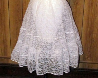 On Sale-Brand New Tags Attached FLOWERED LACE CRINOLINE Slip