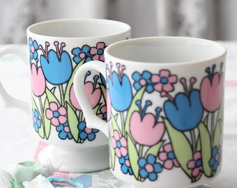 Vintage Colorful Pink and Blue Tulips Footed Coffe Cups