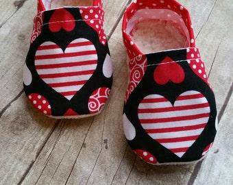 Valentine Heart baby booties
