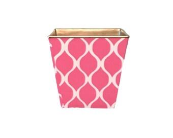 "Pink Trellis Quatrafoil  Planter Holder 5"" Gold"