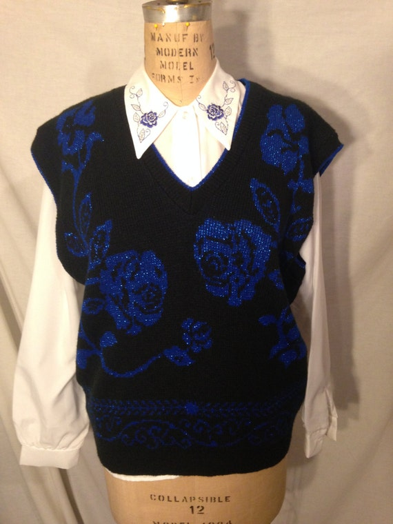 Vintage Stacey Michaels White Long Sleeve Button Up Blouse and Black Floral Sweater s21