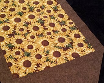 Sunflower table runner / Fall table runner / Autumn table decor / table runner/ table decor/ table linens/ Thanksgiving decor / Sunflower