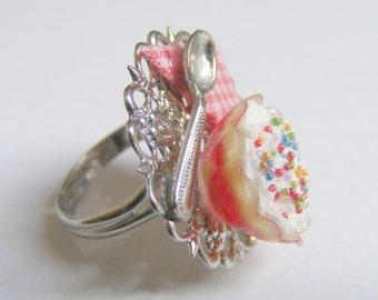 Food Jewelry Trifle Ring, Miniature Food Ring, Mini Food Jewellery, Party Ring, ,Handmade Jewelry, Trifle jewelry Kawaii ring Dollhouse Food