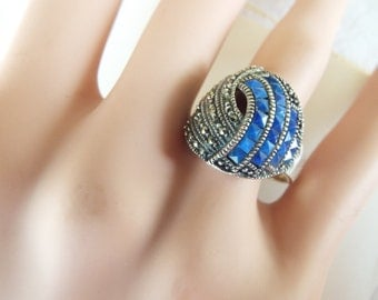 Art Deco sterling silver marcasite lapis swirl domed  ring 9-10