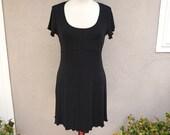 90's Little Black Dress, Short Sleeve Dress, Short Black Dress, Black Slinky Dress, Stretchy Scalloped Comfortable Minimalist, 90's Clothing