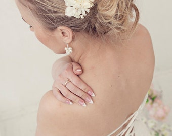 Bridal flower hairpiece, Flower hair comb, Wedding hair comb, Bridal flower headpiece, Wedding hair accessories, flower hairpiece