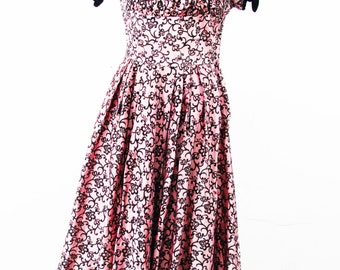 1950s Flocked Floral Dress with Cap Sleeves and Ruched Bust