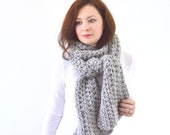 Unisex Large Knit Chunky Classic Style Scarf | The Bern