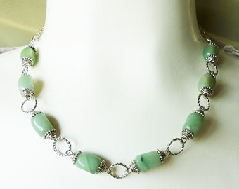 Green Jade Silver Capped Link Necklace