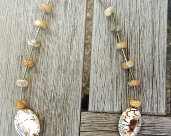 Crazy Agate necklace, Southwestern style, Agate and Jasper necklace, Boho necklace, Beige necklace, Summer necklace, cream color necklace,
