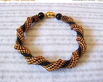 15% SALE Spiral bracelet in golden, amber and black - Cellini Spiral Beadwoven Bangle Bracelet - Twisted bracelet - beaded jewelry - Modern