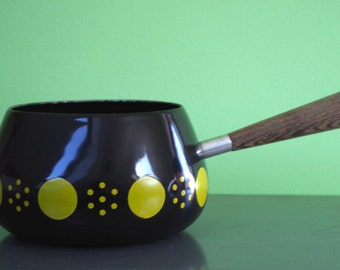 Vintage 1960s Polka Dot Enamel Fondue Pot Mod Black with Chartreuse Green Dots and Wooden Handle