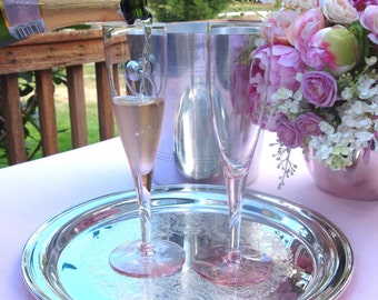Pink Champagne Glasses   Wedding Toasting Glasses Flutes Pair   Set of 2   Bride and Groom Toasting Flutes