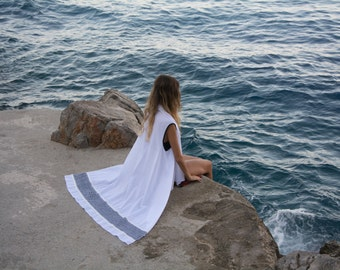 White beach cover up with back embroidered finish handmade of cotton-voile NEW