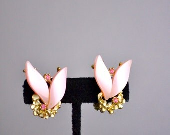 Vintage Pink Clip Earrings from the 1950s