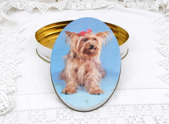 Vintage French Metal Candy Tin with a Silky Terrier, French Vintage Decor, Retro Dog Owner Gift, Retro Mid Century Candie Box from France