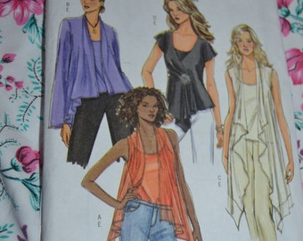Butterick B4989  Misses Top and Camisole Pattern - UNCUT - Size Xsm Sml Med