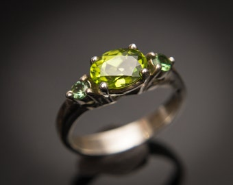Peridot Ring Sideswept Ring Peridot Ring Silver Peridot Ring Gold August Birthstone Tristone Ring Chrome Tourmaline Accents