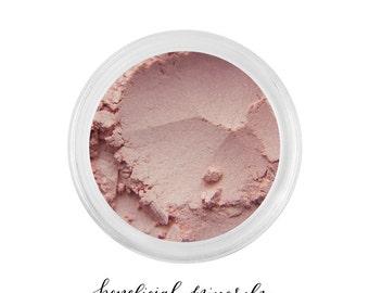 Bermuda Sand - Mineral Eyeshadow // Eyeshadow // Mineral Makeup // Pink Eyeshadow // Blush Pink // Makeup Eyeshadow // Pink Pearl