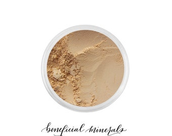 LIGHT Foundation Mineral Makeup