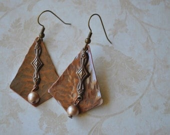 Mixed metal Copper and brass dangling earrings, hammered metal earrings, rustic earrings, artisan earrings