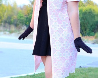 Vintage 1960s pink cape coat/dress coat by Edith Flagg