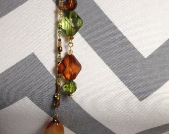 """Lariat necklace Amber and Green """"Crystals"""" Christmas in July SALE~ FREE Shipping now Through July 31st"""