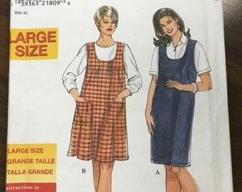 Vintage 1980s Women's Jumper Pattern // Simplicity 8212, Large Plus sizes 18W, 20W, 22W, 24W, 26W, 28W, 30W, 32W > unused