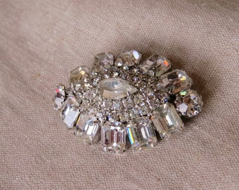 Vintage Silver Tone Crystal Rhinestone Brooch Oval Jewelry Repurpose Reuse Wear