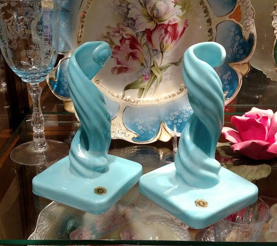 Wedding Blue Milk Glass Westmoreland Candlesticks Cottage Home Table Decor Candle Holders Elegant Spiral Candle Sticks Pair Blown Glassware