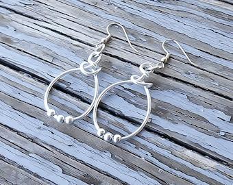 Silver Hoop Beaded Earrings - Wire wrapped beaded earrings - Minimalist Earrings - Small Hoop Earrings - Silver Hoops - Tribal earrings