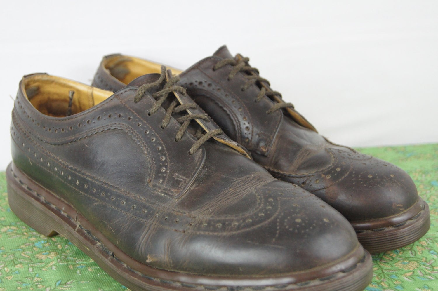 vintage doc marten brown leather dress shoes made in