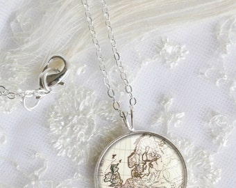 Vintage Europe Map Necklace, Silver Pendant Necklace, Resin Necklace jewelry,Resin Jewelry,Pendant charm statement necklace N005