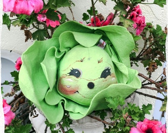 Adorable ANNALEE CABBAGE Vegetable Face 1995 - *Extremely RARE*