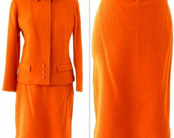 1960s Vintage Orange Citrus Wool 2 Piece Skirt & Jacket Mod Suit Size S/M