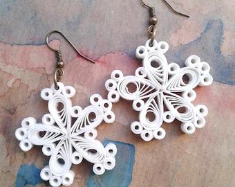 Snowflakes earrings. Christmas earrings. Handmade Christmas Gift.