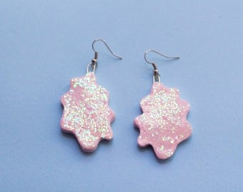 Squiggle Earrings - Pastel Pink