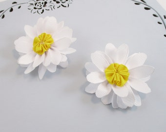 """Daisy Hair Clips, White Hair Clip,  2""""  Daisy Hair Bows, Toddler Hair Clips, Toddler Flower Hair Clip, Pair Daisy Bows, Girls Flower Clips"""
