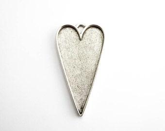1 x Antique Silver Grande Heart Pendant, Nunn Design Bezel, Heart Bezel, Antique Silver Bezel, Heart Pendant, Silver Heart Pendant CHM0134