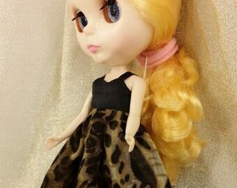 blythe doll, blythe dress, leopard print dress,