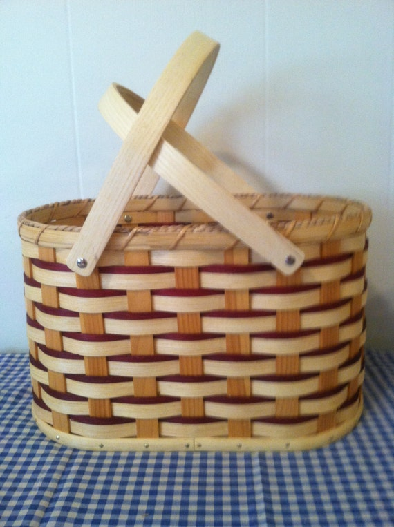 How To Weave A Basket Out Of Reeds : Handmade amish reed handbag basket in oak by