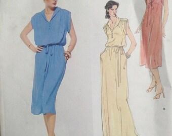 30% OFF SALE Leo Narducci Evening Dress Pattern 1970s Vogue 1915 BUST 36 Uncut