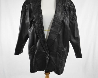 80s Long Oversized Black Leather Jacket w Embossed Suede Print // Trad Goth Batwing Coat, New Wave Avant Garde Style, Nu Goth Fashion