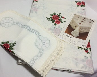 "NOS Spanish Ponzoda ""Valeria"" Large Tablecloth 12 Napkin Set Vintage 1960s"