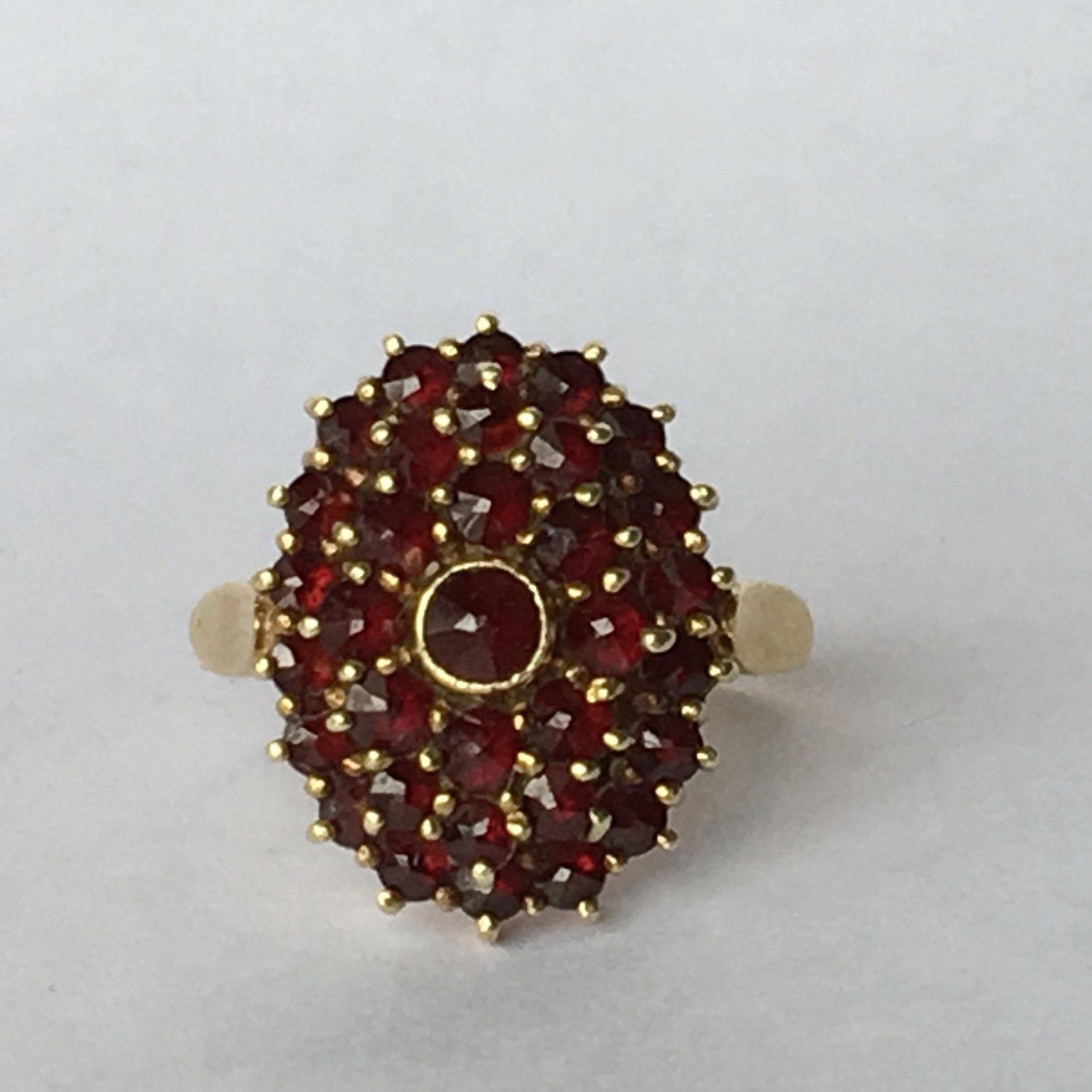 vintage garnet cluster ring in 14k yellow gold unique