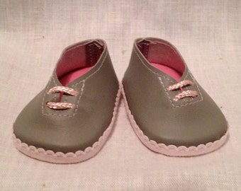 """18"""" doll shoes: Grey casual shoes with pink lacing"""