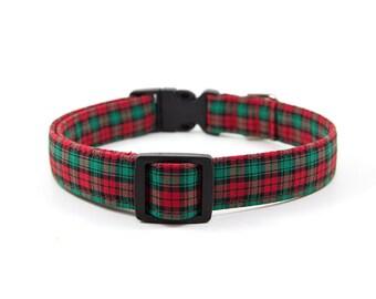 Christmas Dog Collar // Size S-XL // Adjustable Length // Fabric: Red & Green Tartan Plaid