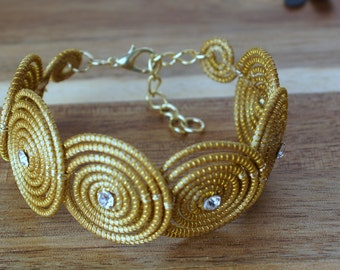 Circles Bracelet, Spirals Bracelet, Golden Circle Bracelet, Organic Bracelet, EcoFriendly Bracelet, Brazilian grass, Link Bracelet